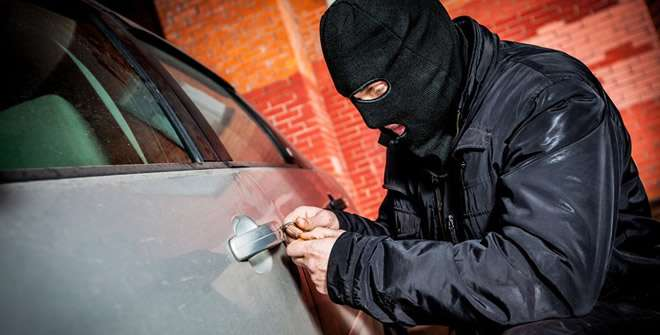 Autórisztó,Gps nyomkövető, immobilizer, rablásgátló