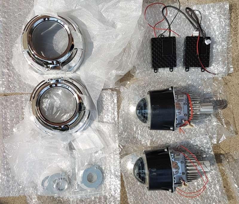 """3"""" Bi-LED Projector pár + maszkház"""