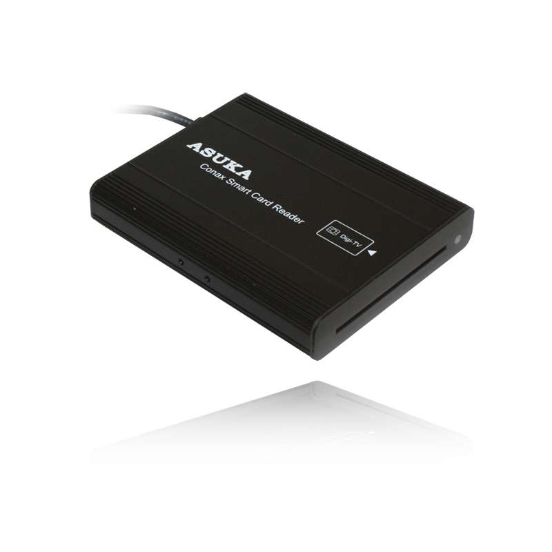 Autós DVB-T vevő opcionális conax kártyaolvasóval