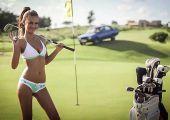 Pillants bele a 2015-ös Miss Tuning naptárba: így fotózták Kenyában Bodensee szépségkirálynőjét!
