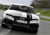 Nézd meg belülről is az Audi önjáró RS7-esét versenypályán, akció közben!