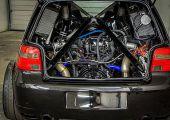 Így szól a Lamborghini Gallardo V10-es  ikerturbózott blokkja egy VW Golf MK4 R32 hátuljában!
