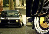 Csak egy makulátlan, airride futóműves BMW E21, semmi más.