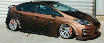 A legritkább esetben jut eszünkbe társítani az extrém külsőt és a Toyota Priust. A Kuhl bebizonyítja, hogy mégis lehetséges.