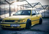 Nem mindennapi látvány: Saab 9-3 kicsit másképp.