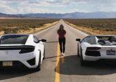 Gigászok harca: Acura NSX vs. Lamborghini Aventador