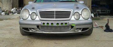 Mercedes CLK, RB20 DETT-vel az orrában.