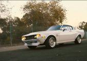 Amikor a klasszik külső és a frissebb technika találkozik: '77-es Celica, 2JZ szívvel!