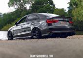 Audi S3 sedan: 500 ló, karbon kiegészítők, Rotiform felnik és Airlift futómű
