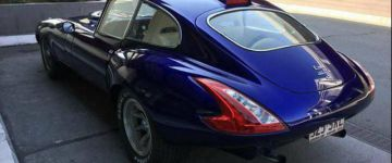Rájössz-e, mi az ami veszettül nem stimmel ezen a Jaguar E-Type-on?