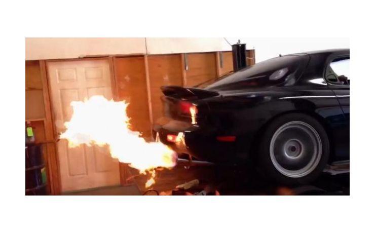 #ébresztő - Mazda RX-7 összeállítás, hogy garantáltan magához térjen mindenki.