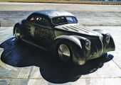 Hot rod vagy drag? Turbós V8, középen a Ford-ban!
