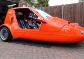 Háromkerekű lélekvesztő - Bond Bug turbós Hayabusa motorral!