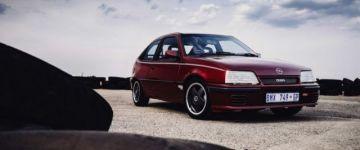 Egy igazi legenda - Opel Kadett GSi 16V S, azaz a Superboss.