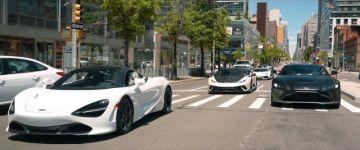 Szuperautókkal New York utcáin.