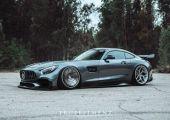 Szürke nyíl - Mercedes-Benz AMG GT