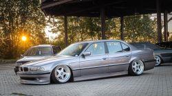 Napindító - BMW E38 a
