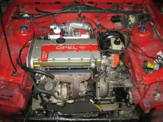 új motor a helyén