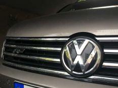 Távolságtartó tempomatos original VW jel