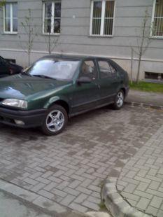 Főiskola parkolója, Dunaújváros