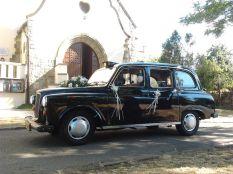 esküvői autóként